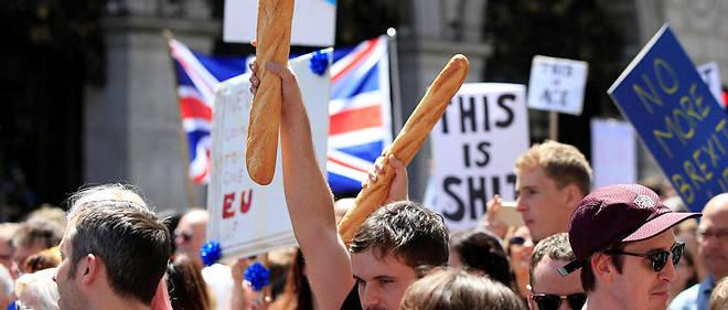 On estime qu'entre 200 000 et 350 000 Français vivent aujourd'hui au Royaume-Uni.