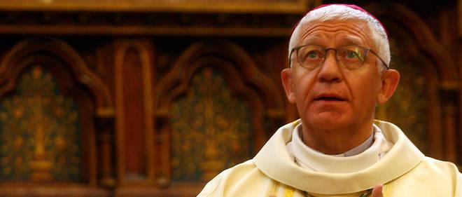 Monseigneur Luc Ravel présent à la fin de la messe dominicale de  l'église Saint-Antoine  de Reiningue, le 25 novembre 2018.