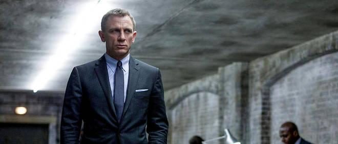Une petite révolution pourrait atténuer la fronde : pour la première fois, 007 roulera à bord d'une voiture électrique.