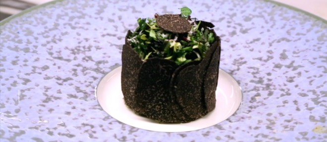 Et si vous succombiez à l'incroyable salade de truffe noire.