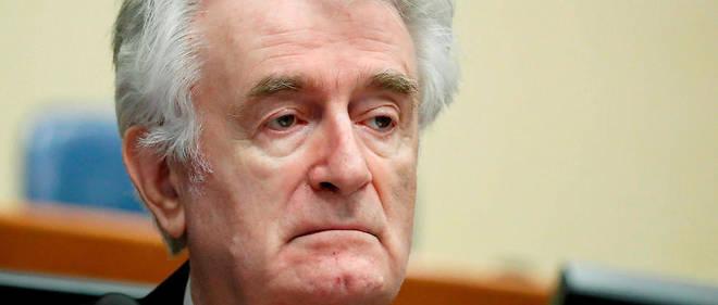 Radovan Karadzic est jugé pour sa responsabilité dans le siège de Sarajevo et le massacre de Srebrenica en 1995.