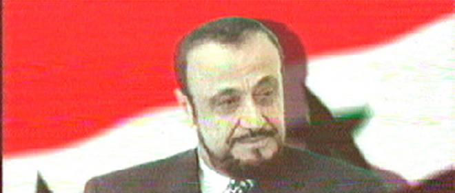 Rifaat al-Assad a été contraint à l'exil dès 1984 à la suite d'un coup d'État manqué contre son frère Hafez, le père de Bachar el-Assad.