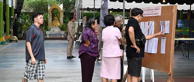 Les sept millions de nouveaux électeurs appelés à voter ont entre 18 et 25 ans et de nouveaux partis, comme le mouvement Future Forward (« En avant l'avenir ») du milliardaire Thanathorn Juangroongruangkit, pourraient en effet tirer leur épingle du jeu.