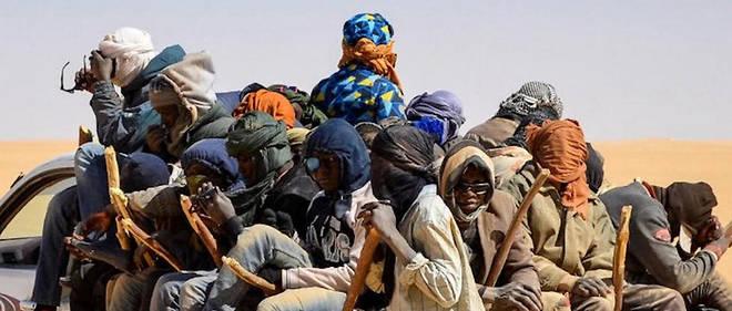 Dans son projet, LR propose que toute demande d'asile soit déposée au préalable dans des centres internationaux situés sur la rive sud de la Méditerranée, faute de quoi elle ne serait pas instruite.