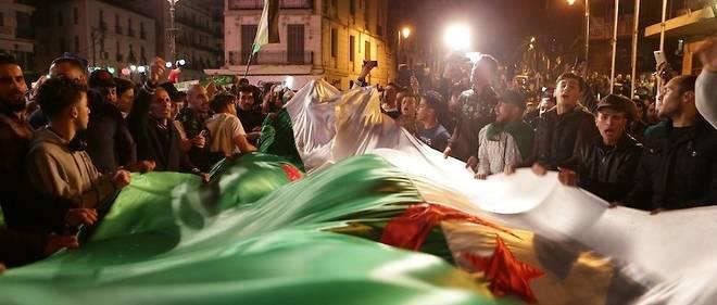 L'Algérie est à un tournant important de son histoire politique après la démission d'Abdelaziz Boutefllika à la suite de la pression de la rue.