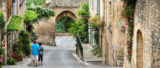 Selon un classement du quotidien britannique « The Telegraph », publié en 2017, Domme serait le plus beau village de France.