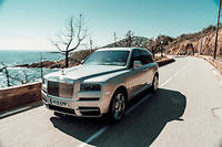 C'est un monument dans l'univers de l'automobile aujourd'hui, mais cette Rolls-Royce est la plus moderne qui soit.
