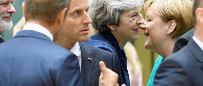 Prévu le 29 mars, le Brexit a déjà été repoussé au 12 avril dans l'espoir qu'un accord approuvé par le Parlement soit trouvé d'ici là.