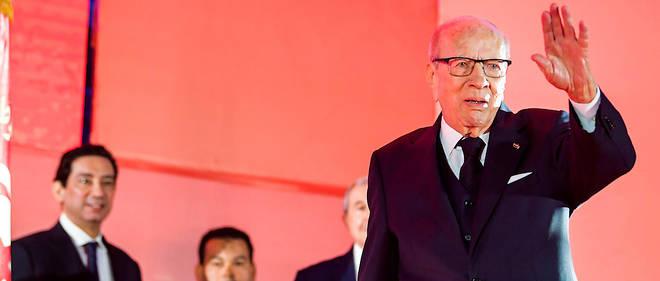 Le président tunisien Béji Caïd Essebsi a confirmé samedi devant son parti qu'il ne souhaitait pas être candidat à l'élection présidentielle du 17 novembre, pour «ouvrir la porte aux jeunes».
