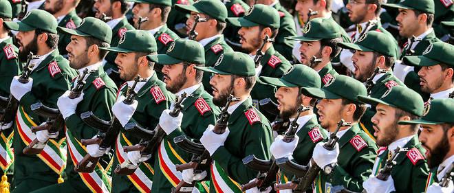 Cette décision fait planer le risque de nouvelles sanctions contre Téhéran, a annoncé Donald Trump lundi 8 avril.