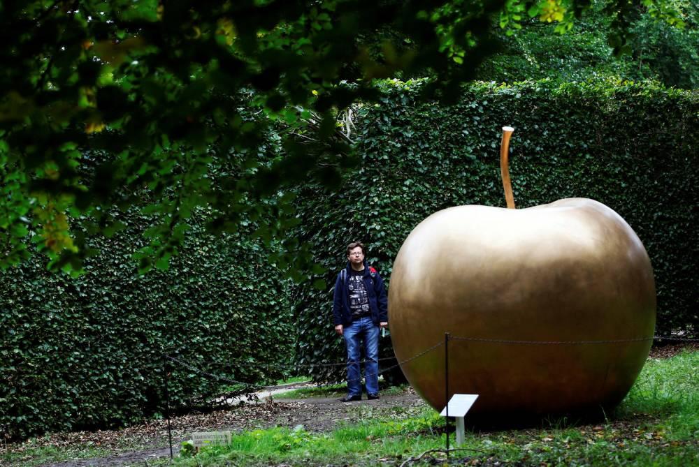 Claude Lalanne, sculpture ©  ADRIAN DENNIS / AFP