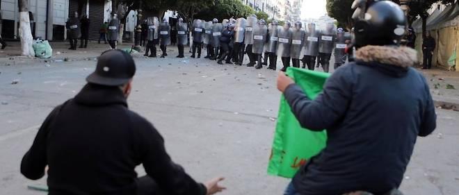 À Alger, le vendredi 12 avril 2019, la situation a été plus tendue mais il n'y a pas eu de dérapage.