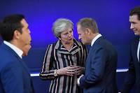 Theresa May et Donald Tusk en grande conversation le 19 octobre 2018 à Bruxelles.