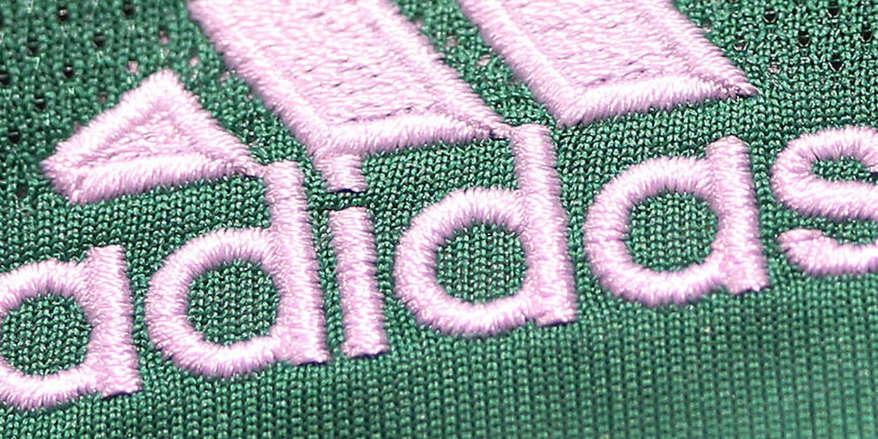 Adidas invente une paire de chaussures 100 % recyclable Le