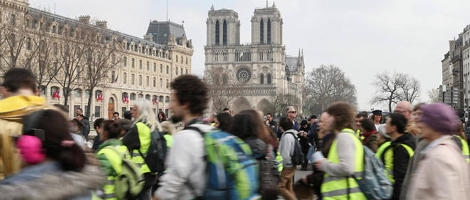Comme chaque samedi depuis plusieurs semaines, les Champs-Élysées et les  abords du palais de l'Élysée seront également interdits à la  manifestation.