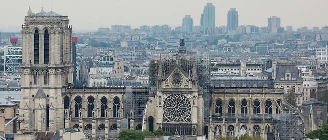 La Fondation avait annoncé que de nombreuses escroqueries lui avaient été signalées en France et à l'étranger.