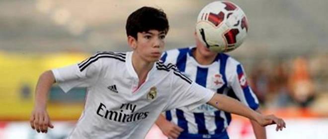 Théo Zidane, qui fait ses gammes avec les équipes de jeunes du Real Madrid, a été sélectionné pour disputer l'Euro des moins de 17 ans.