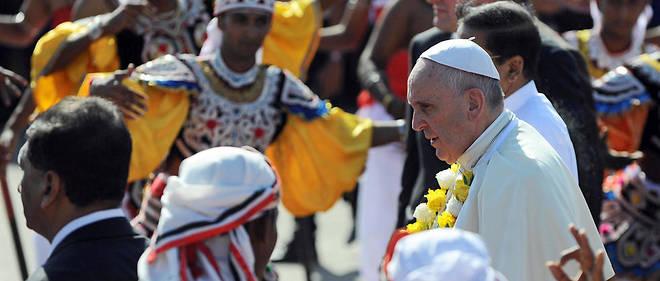 Le pape François à son arrivée au Sri Lanka le 13 janvier 2015.