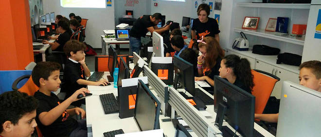 l'Orange Digital Center a ouvert ses portes le 25 avril a Tunis.