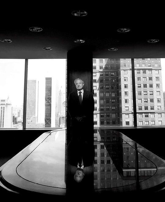 George Soros, en 2008, dans son bureau new-yorkais.