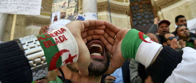 Le chef d'état-major de l'ANP, Ahmed Gaïd Salah, s'est engagé à débarrasser l'Algérie des corrompus.