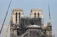 Les travaux s'organisent autour de la cathédrale.