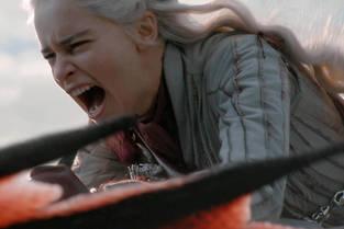 Daenerys bascule petit a petit dans la folie.