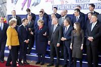 Angela Merkel, Emmanuel Macron et différents leaders européens lors d'un sommet à Bruxelles le 22 mars 2019.