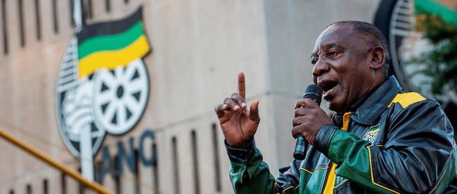 Cyril Ramaphosa le 12 mai 2019 devant le quartier général de l'ANC, à Johannesburg.