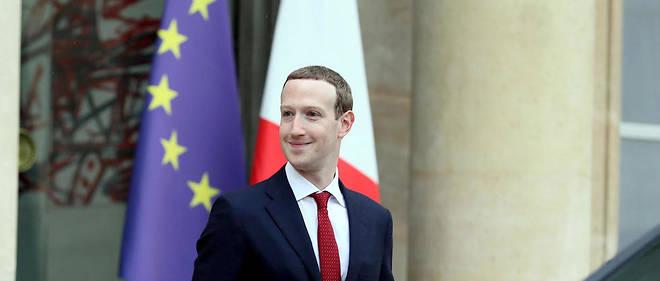 Marc Zuckerberg à sa sortie de l'Élysée après son entrevue avec Emmanuel Macron.