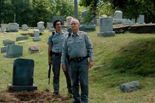 Adam Driver et Bill Murray dans << The Dead Don&#039;t Die >> de Jim Jarmusch.