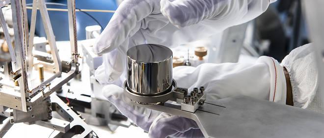 La balance de Kibble (anciennement balance du watt) est un appareil qui permet de réaliser la nouvelle définition du kilogramme, fondée sur la constante de Planck.