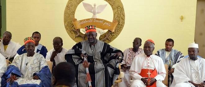 Le Moro Naba, chef traditionnel des Mossi est une autorité morale respectée au Burkina Faso.