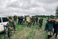 Les archéologues russes et français, accompagnés d'une association intitulée