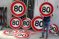 Changer les panneaux de limitation de vitesse va coûter entre 6 et 12 millions d'euros, la fourchette large en raison des difficultés d'installation variables, selon la Sécurité routière.  ©Pierre HECKLER