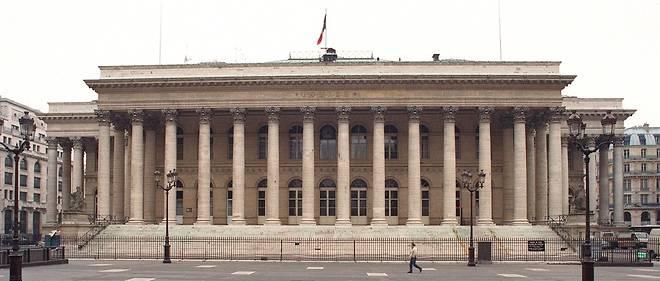 L'action Casino avait chuté de 6,40 % à 27,90 euros au moment de la suspension.