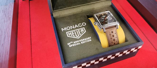 La première des cinq Monaco en honneur du demi-siècle de la célèbre montre signée TAG Heuer.