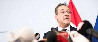 Dans les rues de Vienne, le visage de Heinz-Christian Strache, ex-chef du parti et vice-chancelier de l'Autriche (photo), a été lacéré et recouvert de graffitis.