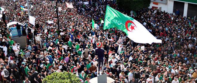 L'Algérie est secouée depuis le 22 février par des manifestations massives déclenchées par la volonté du président Abdelaziz Bouteflika de briguer un cinquième mandat.