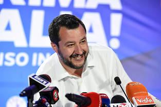 <p>«Merci», a réagi le vice-Premier ministre italien et ministre de l'Intérieur Matteo Salvini, dont le parti triomphe aux élections européennes.</p>