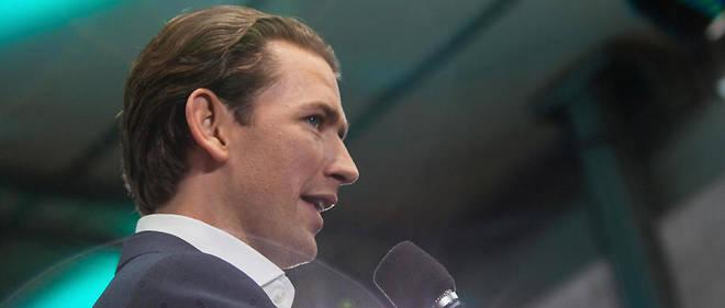 Le chancelier Sebastian Kurz est lâché par le parti d'extrême-droite FPÖ.