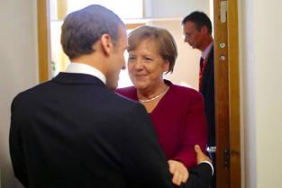<p>Angela Merkel et Emmanuel Macron ont deja eu une entrevue ce mardi au siege de la Commission europeenne. </p>