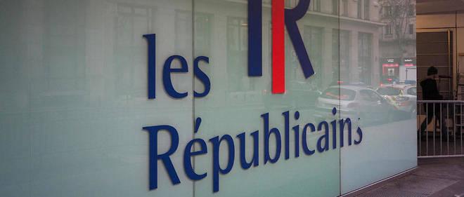 Le parti propose dans cet appel paru dans,Le Monde,«des perspectives de gouvernance crédibles et stables pour nos exécutifs locaux et les majorités sur lesquelles ils pourront s'appuyer».