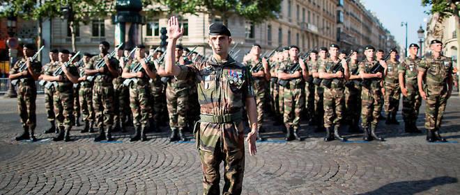 Le 501e régiment de chars de combat de Mourmelon-le-Grand (Marne).