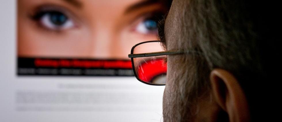 """Résultat de recherche d'images pour """"internet, réseaux sociaux, prostitution"""""""