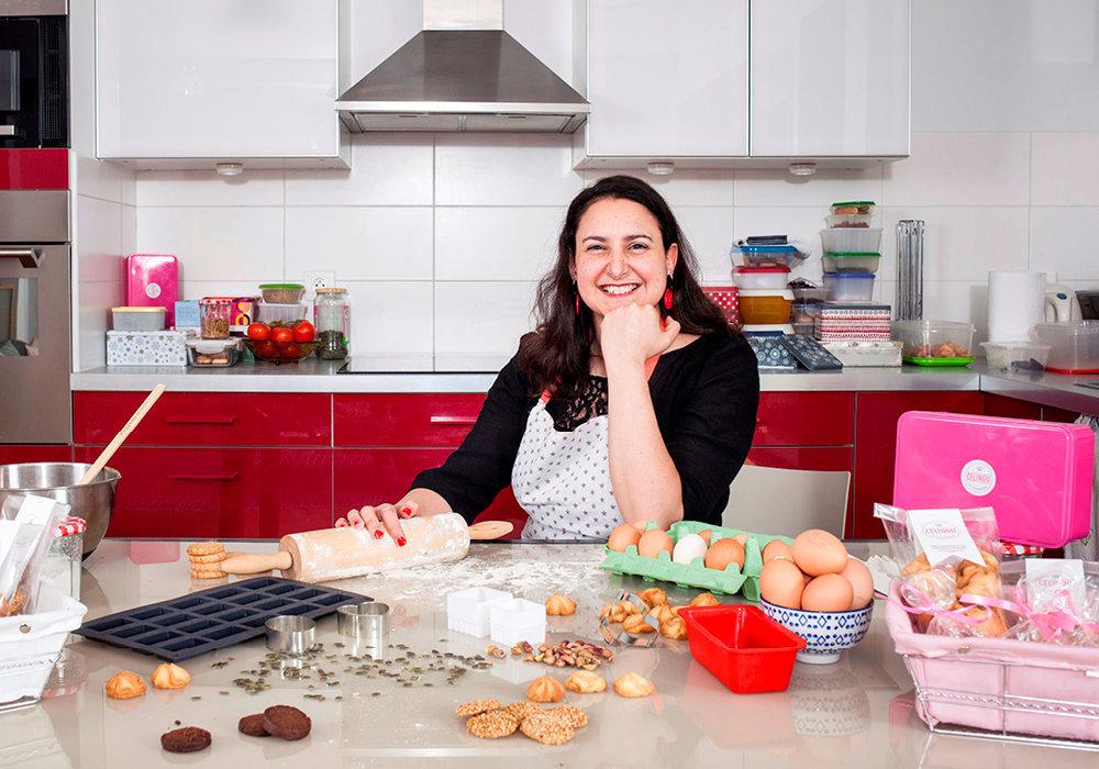 Virage. Céline Eddé, qui travaillait dans le marketing de la parfumerie de luxe, a lancé sa box mensuelle de biscuits, Les Gourmandises de Célinou.