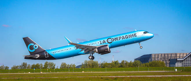 L'autonomie de l'A321neo a été porté à 7 400 km, ce qui lui permet de traverser l'Atlantique Nord sans escale.