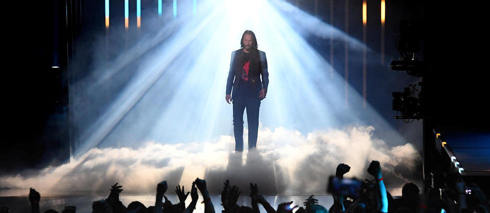 <p>Keanu Reeves acclamé en superstar lors de la présentation du jeu «Cyberpunk 2077».</p>