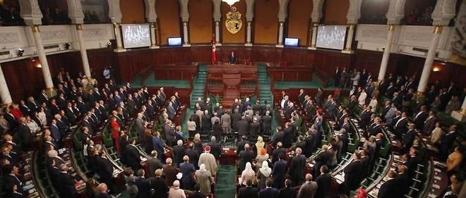 À l'Assemblée des représentants du peuple, la stratégie du chef du gouvernement pourrait avoir l'appui des islamistes d'Ennahdha.