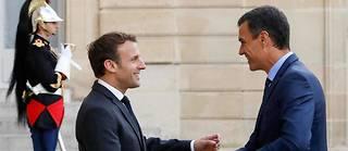 Emmanuel Macron,en mettant la pression sur Ciudadanos, envoie un message de soutien au Premier ministre espagnol Pedro Sánchez Castejon.